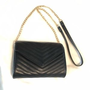 Bags - Black Quilted Purse with Gold Chain